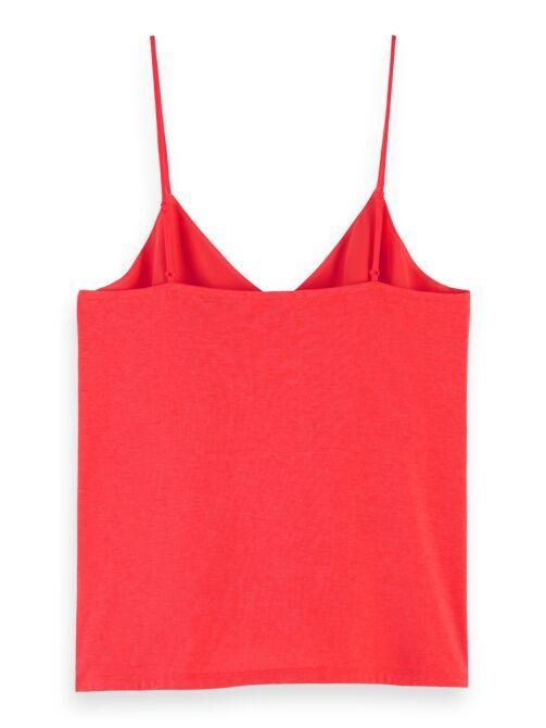 camiseta roja nueva